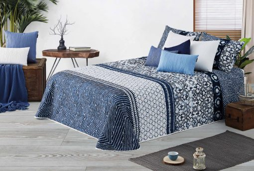 Bouti BLU 208 de poliéster pespunteada con relleno de algodón Para cama de 150 cm de anchura Medida del producto 250 x 270 cm Bajo precio